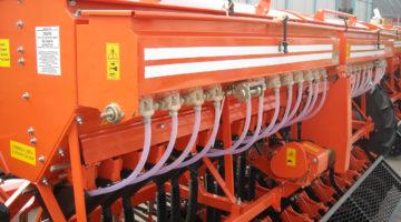 Сеялка зерновая СЗФ 5400-Т (травяная)