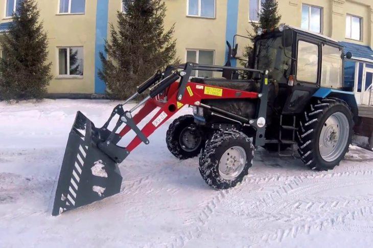 Погрузчик-копновоз универсальный ПКУ-0,9